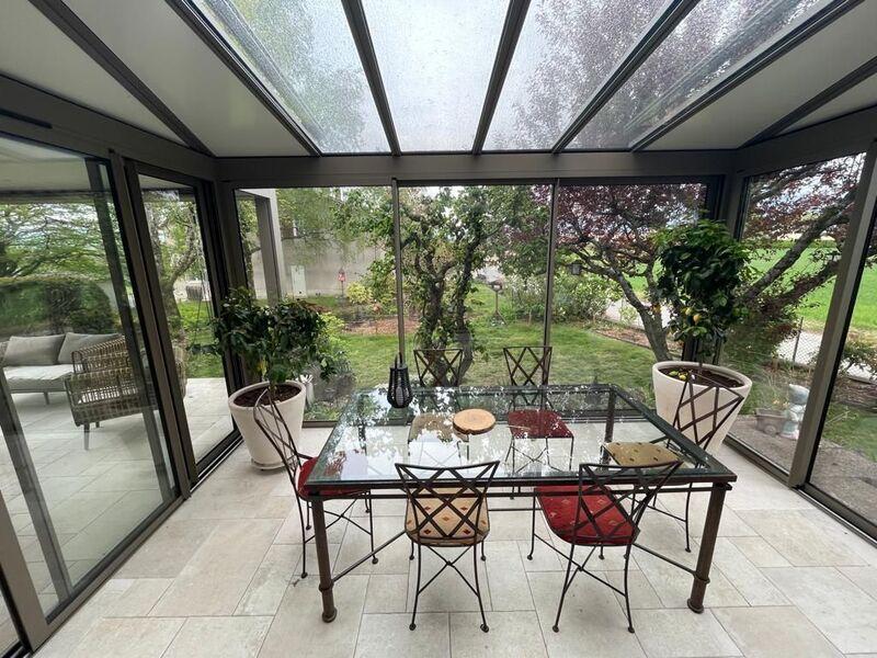 Véranda Panorama à Avusy : une Remplaçante de Luxe